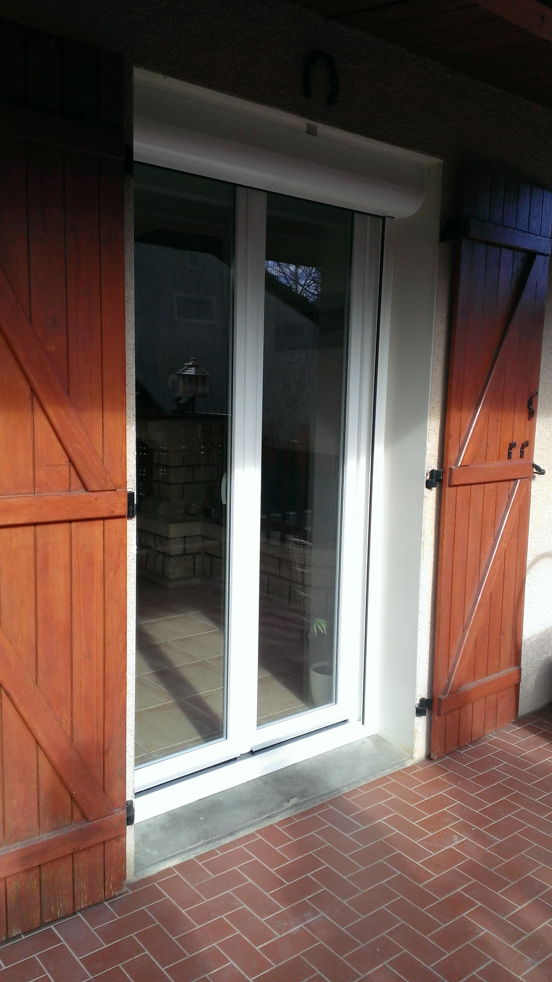 Porte fenetre pvc double vitrage tr voux menuiserie plus for Porte fenetre double vitrage